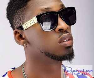 Video: Man Accuses Singer Orezi Of Sleeping With His Wife In Surulere